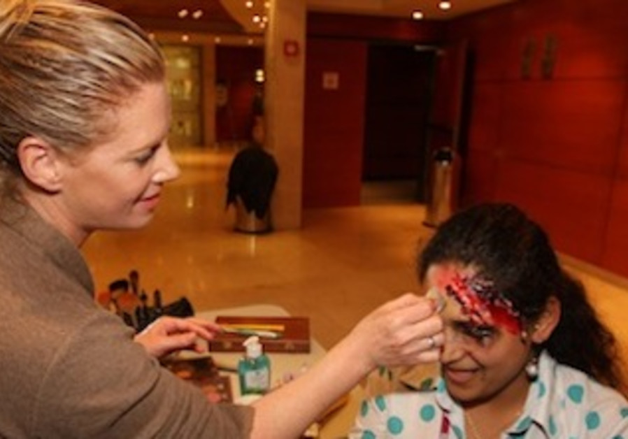 A course participant during a makeup workshop
