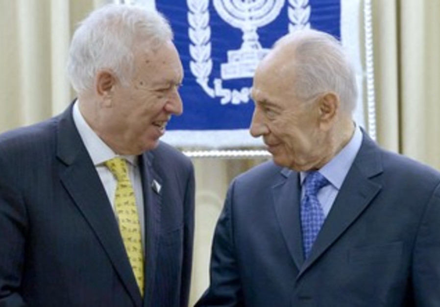 President Peres and Spanish FM Garcia-Margallo