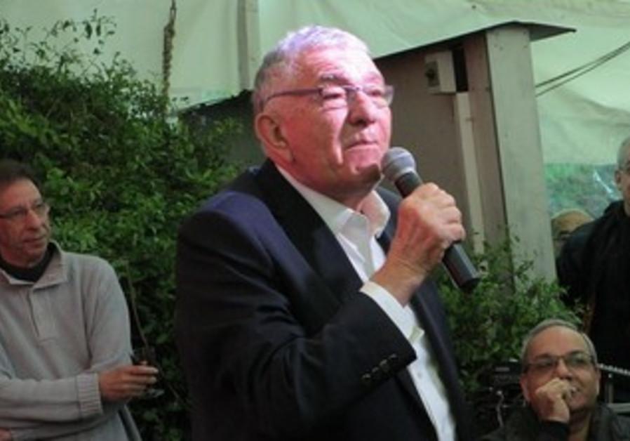 Zvi Bar, mayor of Ramat Gan.