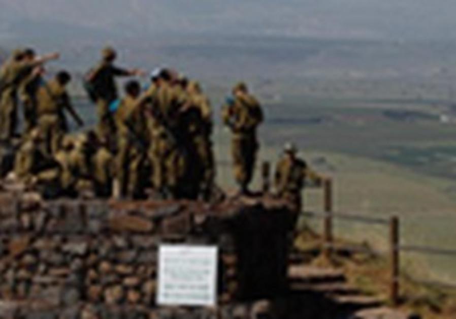 Briefing militaire, dimanche 5 mai, face au plateau du Golan.