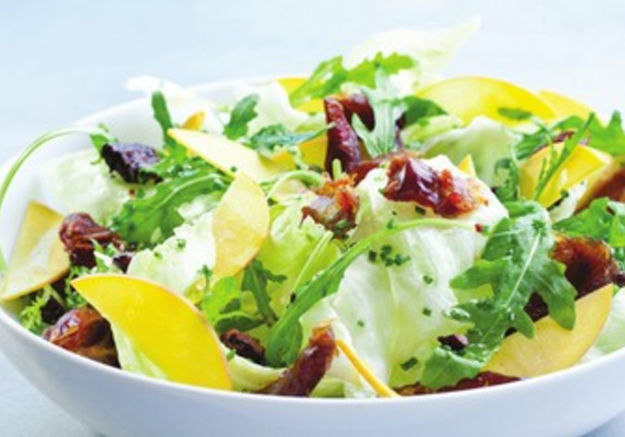 Date and nectarine salad
