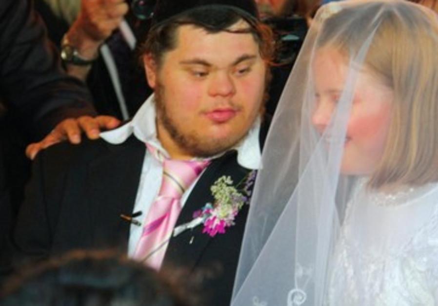 Avichaï et Keren Ben-Barouch. Le mariage de deux jeunes trisomiques donne de l'espoir.