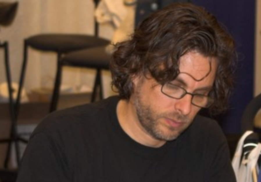 Michael Chabon at a book signing