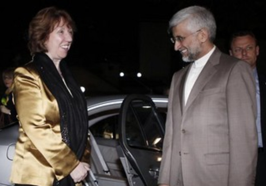 Catherine Ashton and Iran's chief nuclear negotiator Saeed Jalili in Istanbul, May 15, 2013.