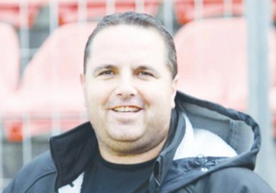 New Hapoel Tel Aviv coach Ran Ben-Shimon