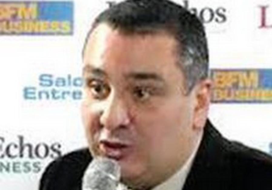 Cyril-Benjamin Castro.