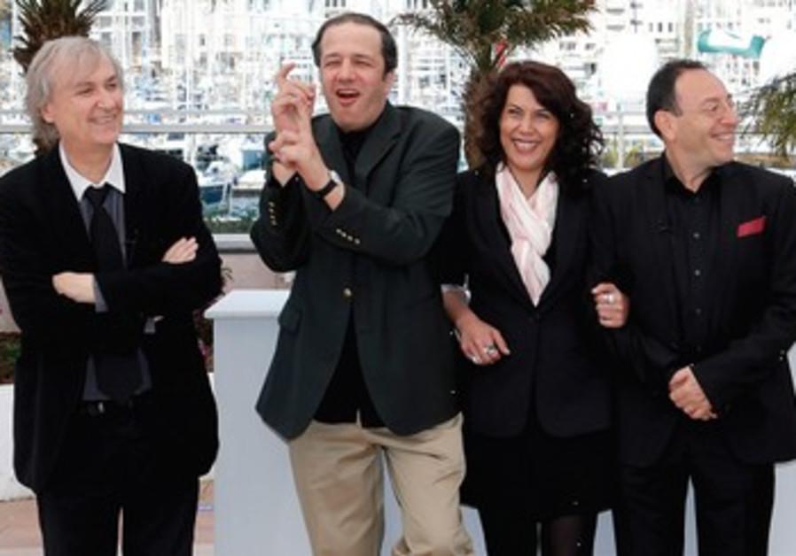 """Plantu et Kichka venus à Cannes dans le cadre de leur association """"Cartoonists for peace""""."""