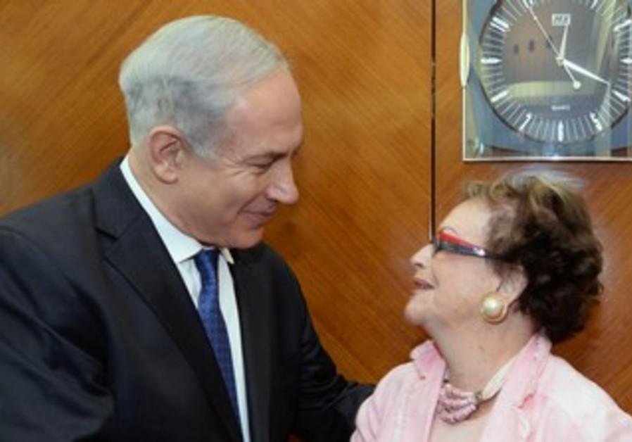 Netanyahu Meets with Holocaust Survivor Dora Roth, June 4, 2013.