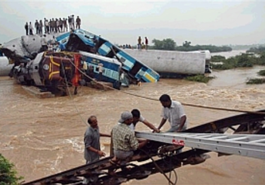 Indian train crash death toll rises to 100