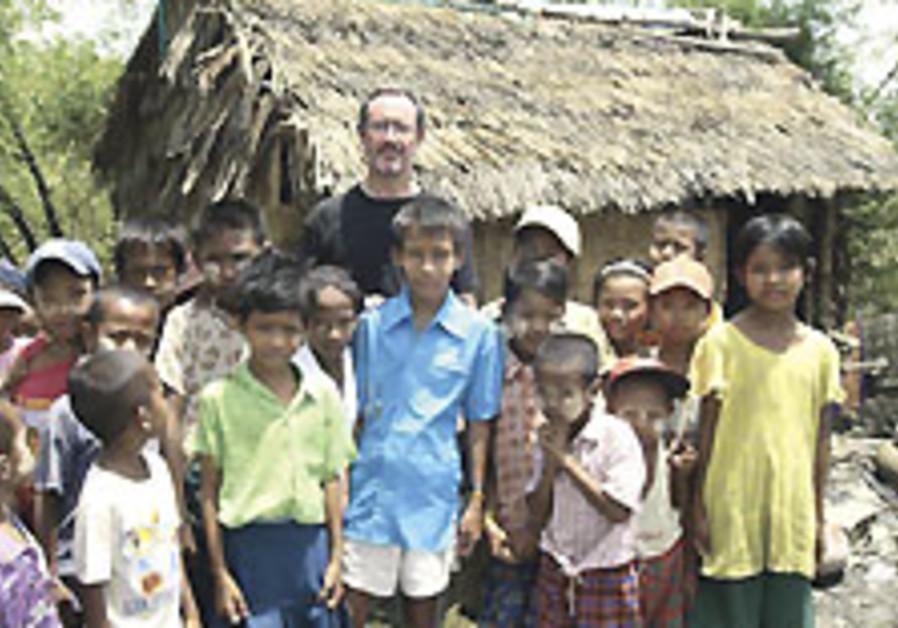 Myanmar still resisting aid, B'nai B'rith official says