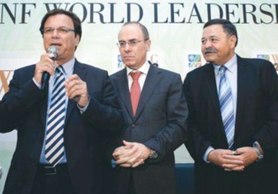 KKL chairman Efi Stenzler, Energy Minister Silvan Shalom, KKL-JNF co-chairman Eli Aflalo.