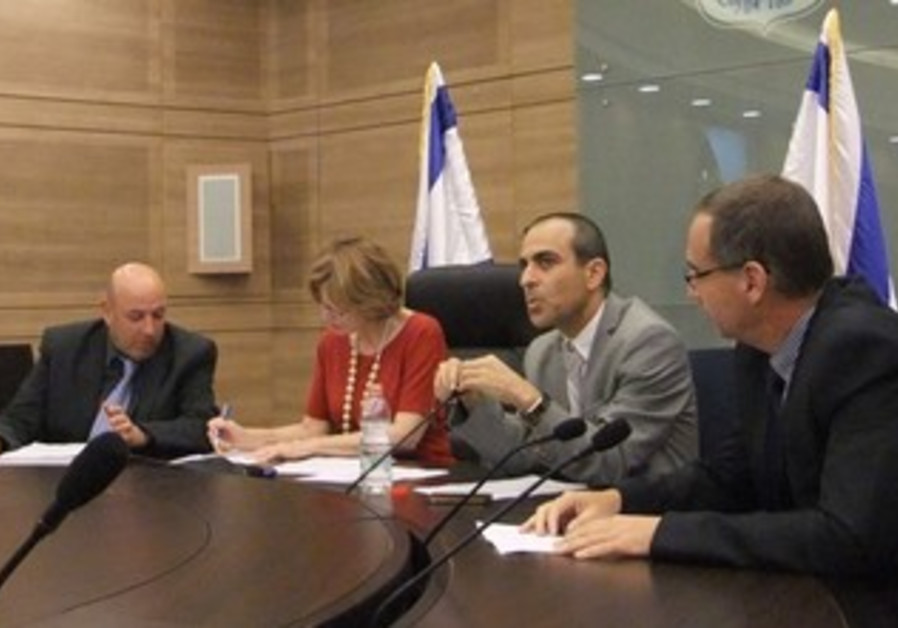 Prof. Itamar Grotto, Health Minister Yael German, ministry d-g Prof. Ronni Gamzu, Prof. Arnon Afek