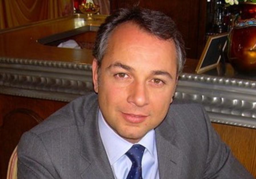 Phillippe Karsenty.