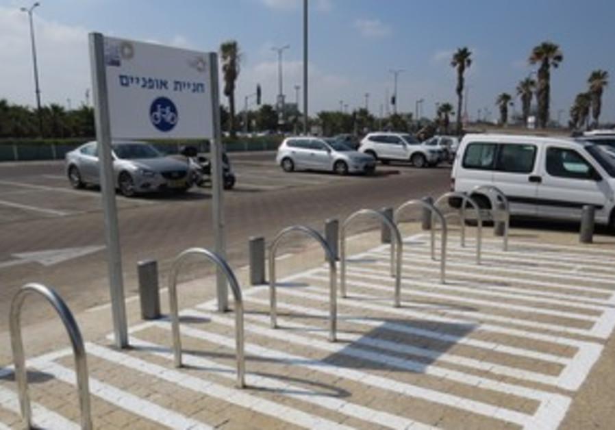New bike parking spots