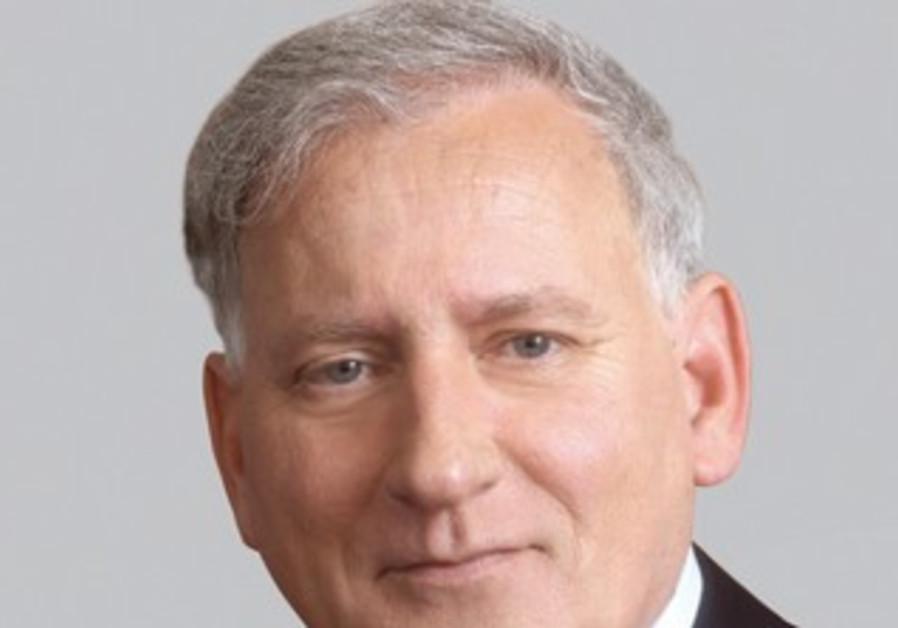 Yair Seroussi, Bank Hapoalim
