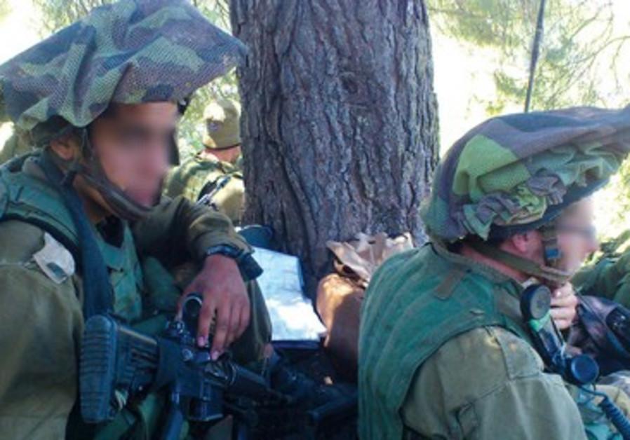 Soldats du bataille Shahaf en cours d'entraînement en haute Galilée