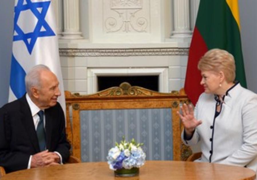 Lithuanian President  Daniela Grybauskaite  with President Shimon Peres