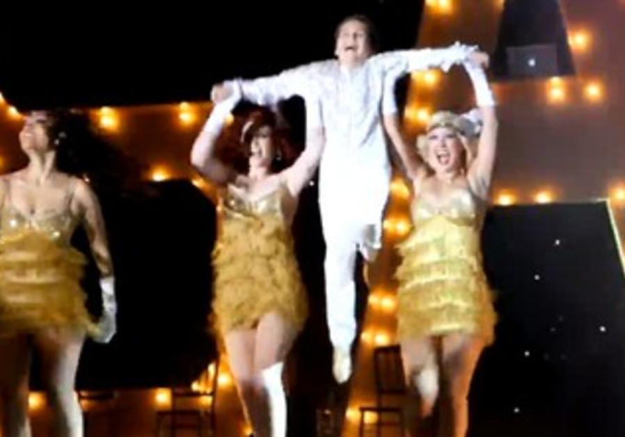Sam Horowitz dancing his bar mitzvah away