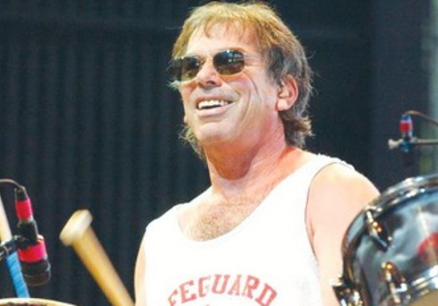 Legendary Grateful Dead drummer Mickey Hart