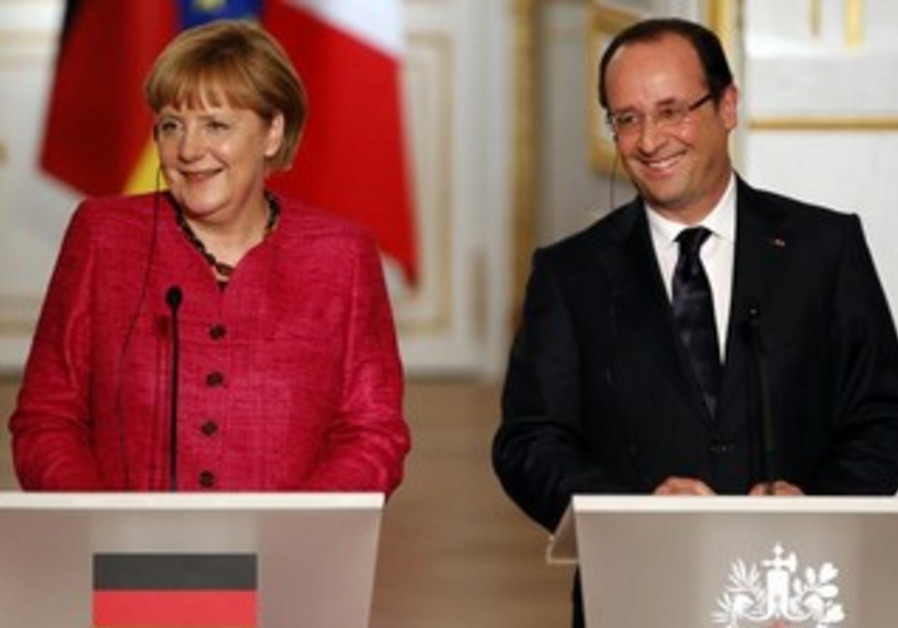 France's President Hollande and German Chancellor Merkel at the Elysee Palace in Paris, May 30, 2013