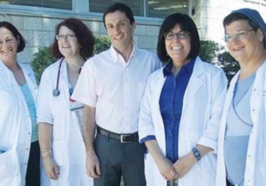 DR. ADI SASSON (center) with Dorit Golub, Ronit Bechar, Chana Kalifa and Shana Gottesman.