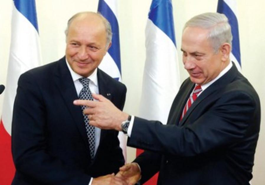 Rencontre entre Benjamin Netanyahou et le ministre des Affaires étrangères Laurent Fabius.