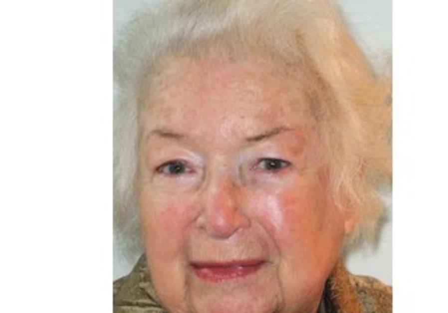 'Rifka Takes a Bow' author Betty Rosenberg Perlov