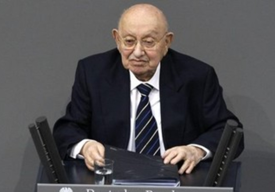 Germany's famous literature critic and Holocaust survivor Marcel Reich-Ranicki [file].