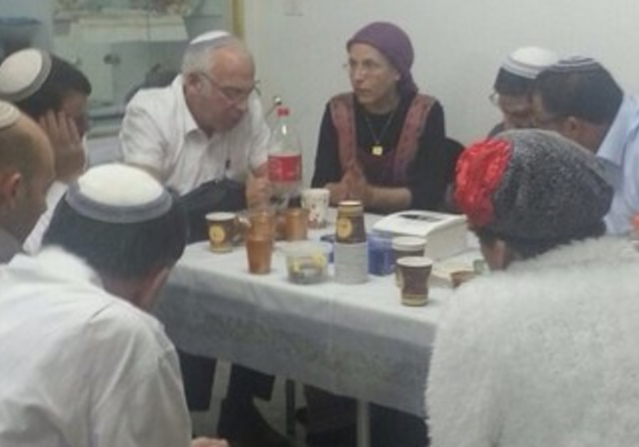 Housing and Construction Minister Uri Ariel and his Bayit Yehudi compatriots at Hebron house