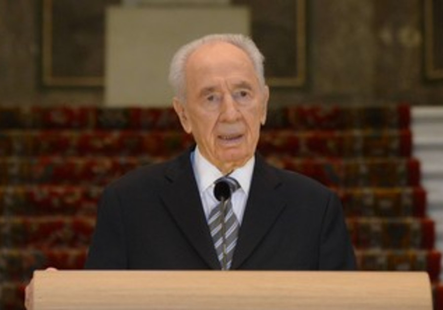 President Shimon Peres at the Peace Palaace in The Hauge, September 30, 2013.