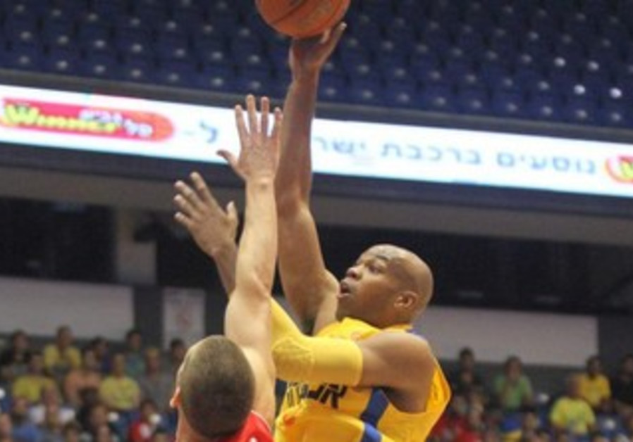 Maccabi Tel Aviv's Alex Tyus