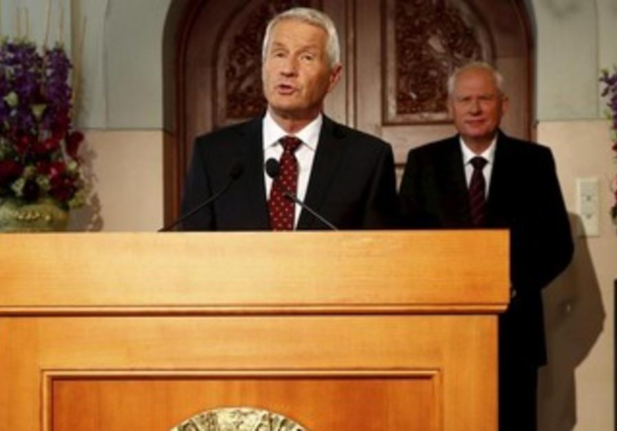 Chairman of Norwegian Nobel C'tee Thorbjorn Jagland announces winner of Peace Prize, October 11