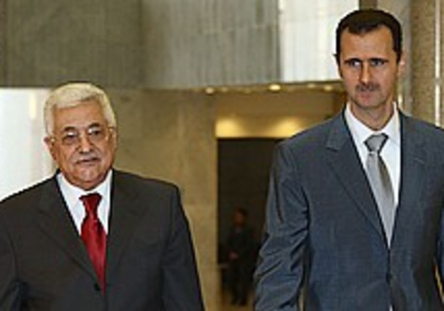 Abbas meets with Assad in Damascus