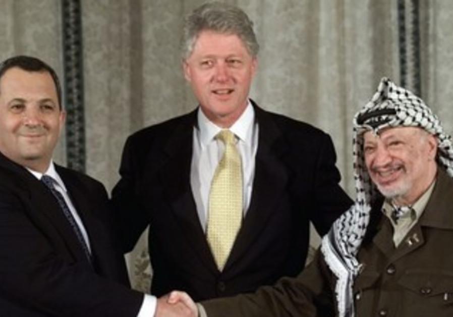 Ehud Barak, Bill Clinton, and Yasser Arafat