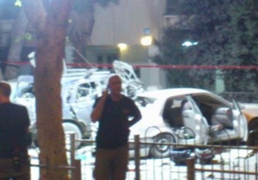 Scene of car explosion, Tel Aviv, November 7, 2013.