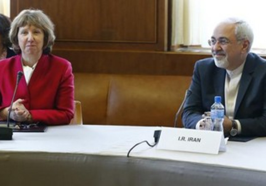 EU foreign policy chief Ashton and Iranian Foreign Minister Zarif at nuclear talks in Geneva, Nov 7.