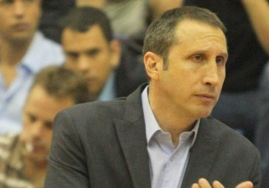 MACCABI TEL AVIV coach David Blatt has had plenty of reasons to applaud