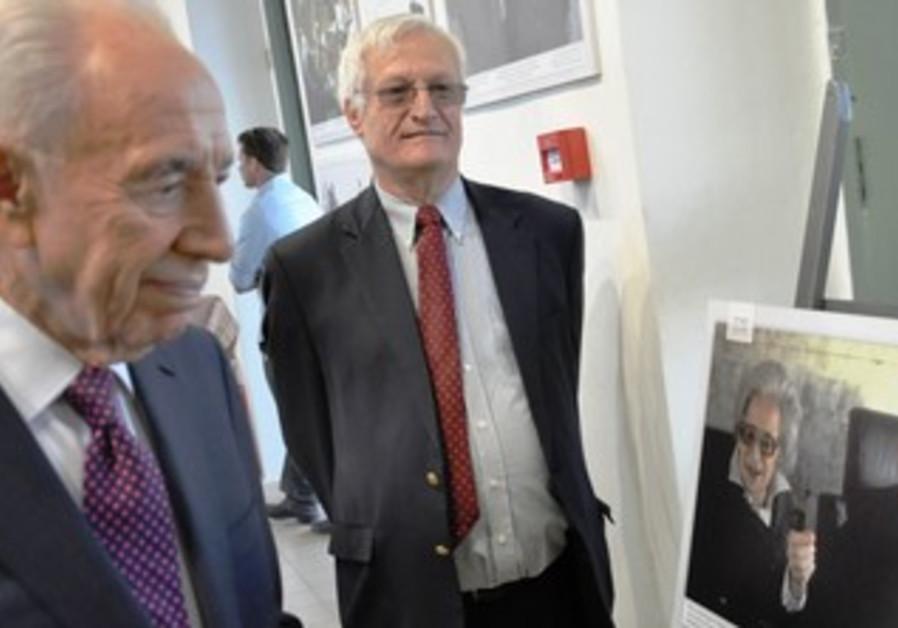 President Shimon Peres and Limmud FSU founder Chaim Chesler