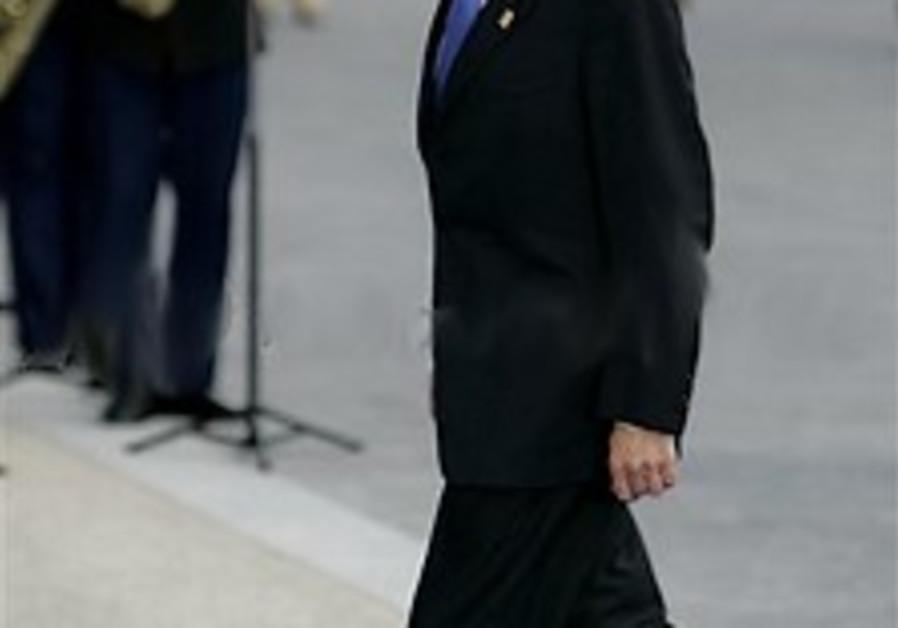 PM to Assad: Don't delay direct talks
