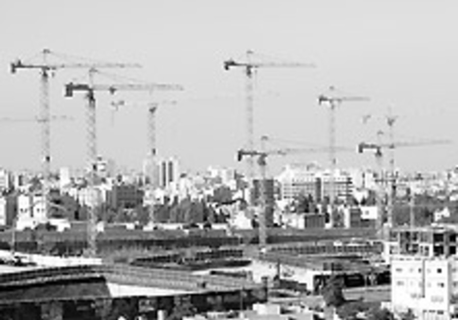 Investment boom from Gulf petrodollars makes Jordanians leery