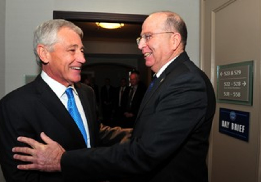US Secretary of Defense Chuck Hagel and Defense Minister Moshe Ya'alon in Halifax, Canada.