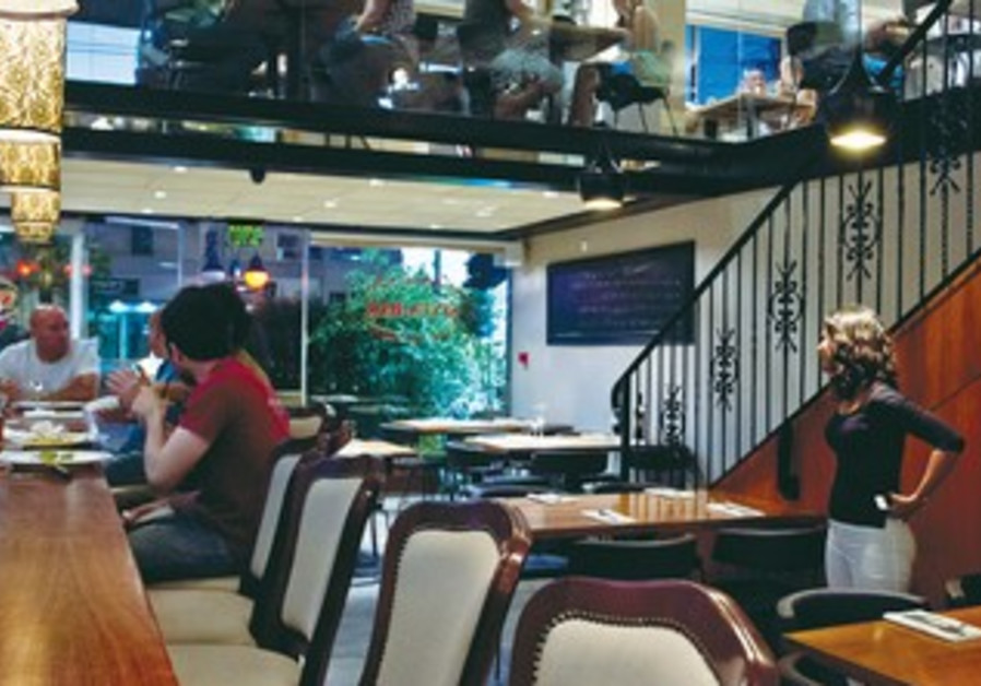 Sinta Bar has gained a reputation in Haifa as one of the best bistro restaurants in the city