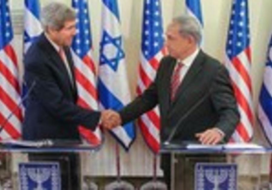 Prime Minister Binyamin Netanyahu and US Secreatry of State John Kerry in Jerusalem, Dec. 5, 2013