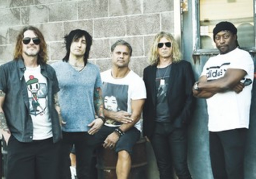 Supergroup the Dead Daisies.