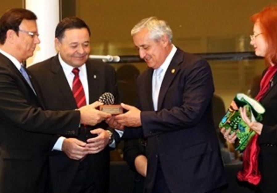 Guatemalan President visits
