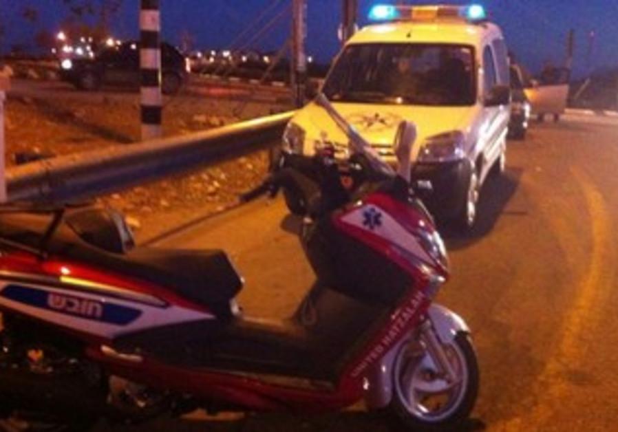 Police and paramedics at site of suspected terrorist stabbing attack near Adam settlement, Dec 23