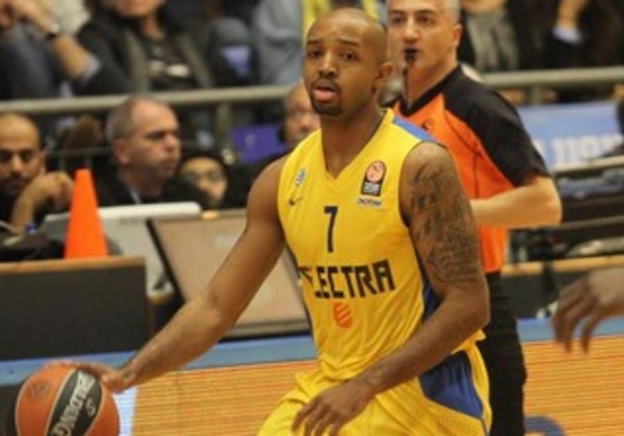 Maccabi Tel Aviv's Ricky Hickman.