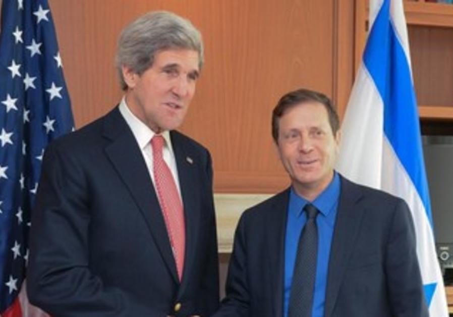 John Kerry and Isaac Herzog