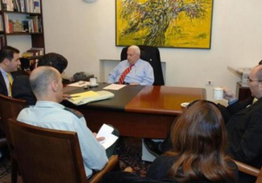 Ariel Sharon meets with his advisers at his Jerusalem residence, December 21, 2005.