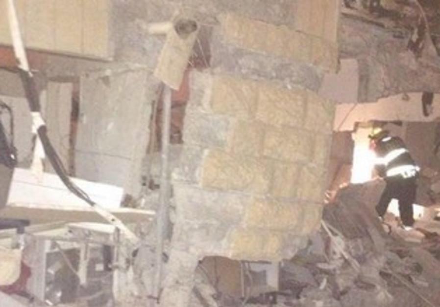 Apartment wreckage in Jerusalem, January 20, 2013